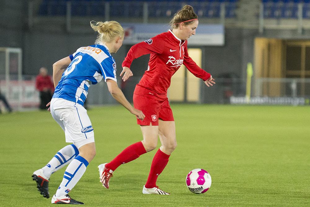 FC Twente vrouwen overklassen ADO en doen goede zaken in titelstrijd