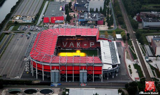 FC Twente vertrekt uit Twello
