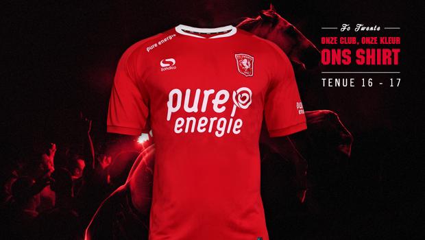FC Twente presenteert haar nieuwe thuistenue (FOTO)