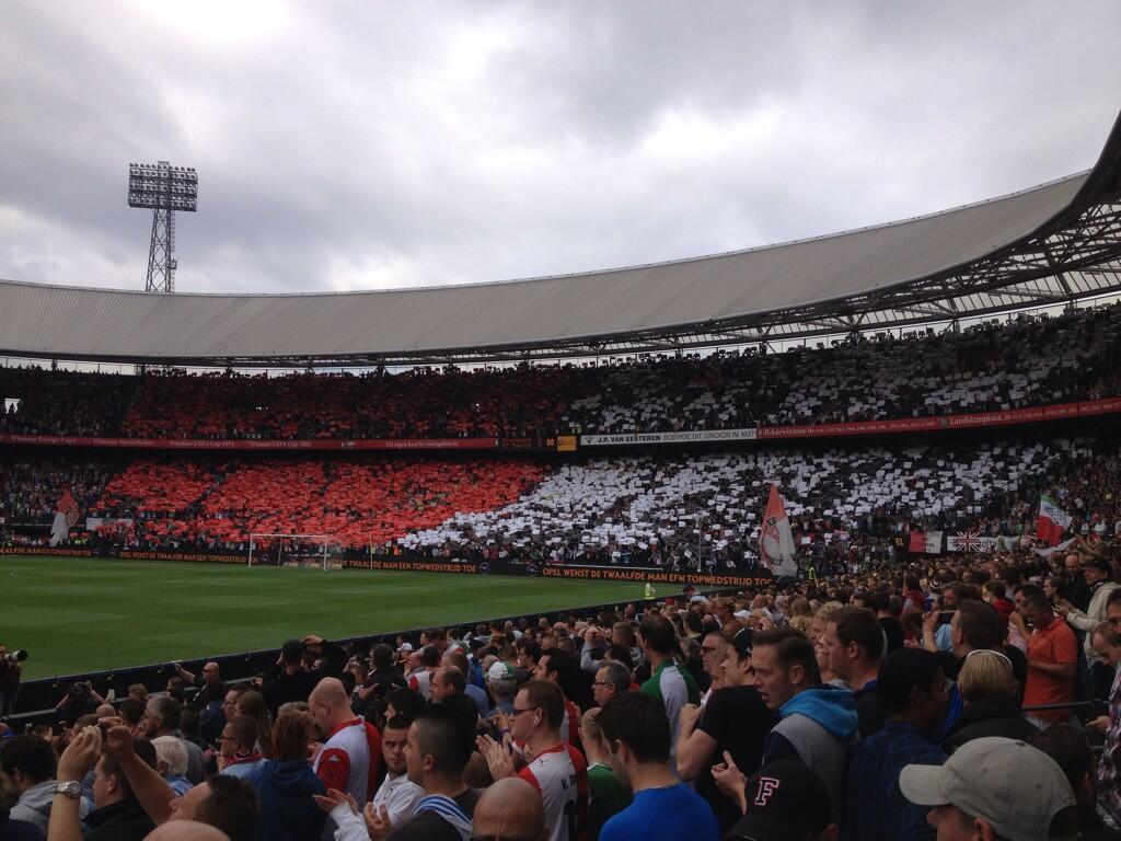Feyenoord met zelfde basisopstelling tegen FC Twente