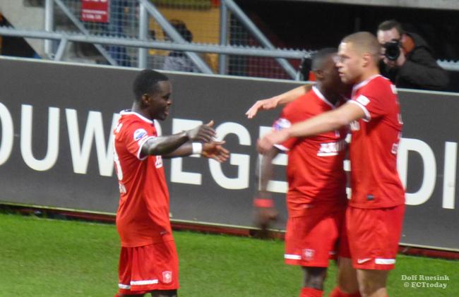 """FC Twente hoopt nog op een uitgaande transfer: """"Werken aan een oplossing"""""""