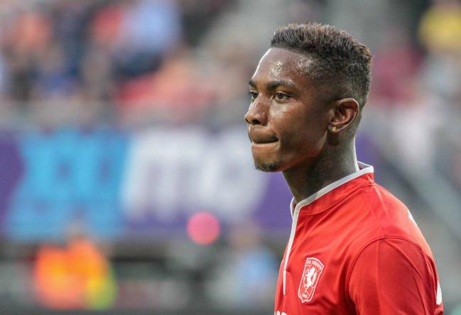 """Transfervrije Elia naar Feyenoord: """"Grote vraag of hij zijn Twente-niveau haalt"""""""