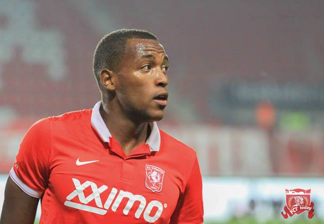 FC Twente verhuurt aanvaller aan Jupiler League-club