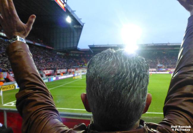 FC Twente meldt zich voor Tighadouni