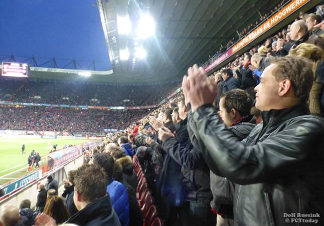 VIDEO: Leedvermaak om Ajax bij FC Twente - Vitesse