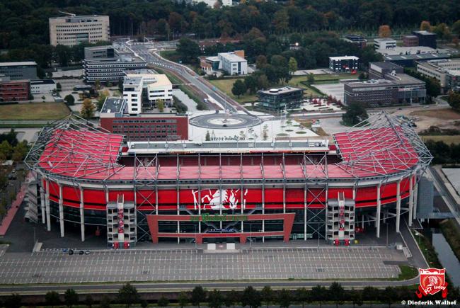 Eerste berichten: 'FC Twente blijft bestaan; komende jaren geen Europees voetbal'