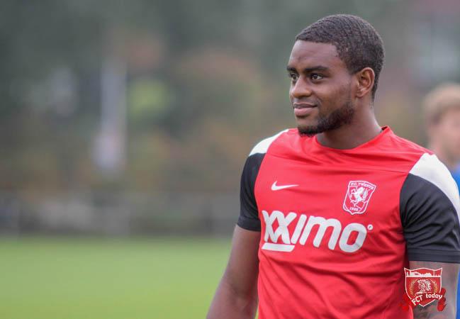 'Vijf Premier League clubs azen op FC Twente middenvelder'
