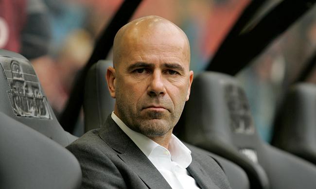 """Tip voor FC Twente: """"Ik zou een belletje naar Vitesse plegen"""""""