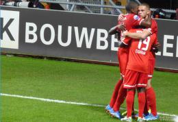 BIZAR deel 2: Alle contracten tussen FC Twente en Doyen op straat