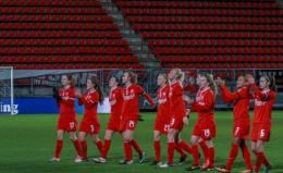 Nieuwe trainer FC Twente vrouwen begint met voorronde Jupiler League