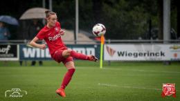 """Topspeelster Roord blijft FC Twente trouw: """"Wil er 100 procent achter staan"""""""