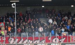 """Nieuweling Jong FC Twente stelt zich voor: """" Voelt alsof ik hier al jaren speel"""""""